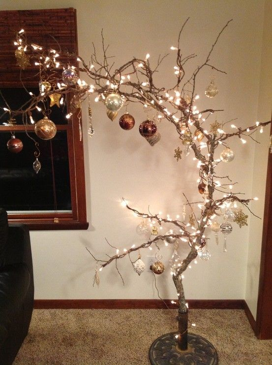 Branches Christmas tree (2)