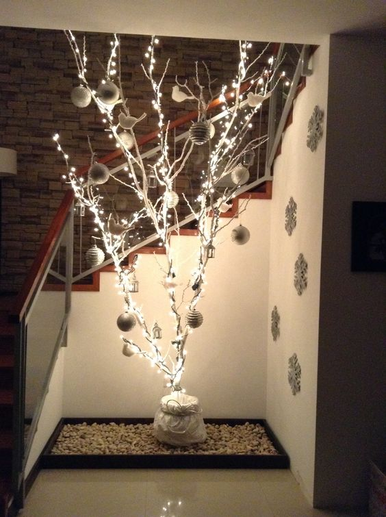 Branches Christmas tree (27)