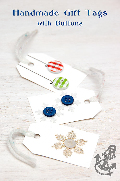 Christmas DIY crafts from buttons (9)