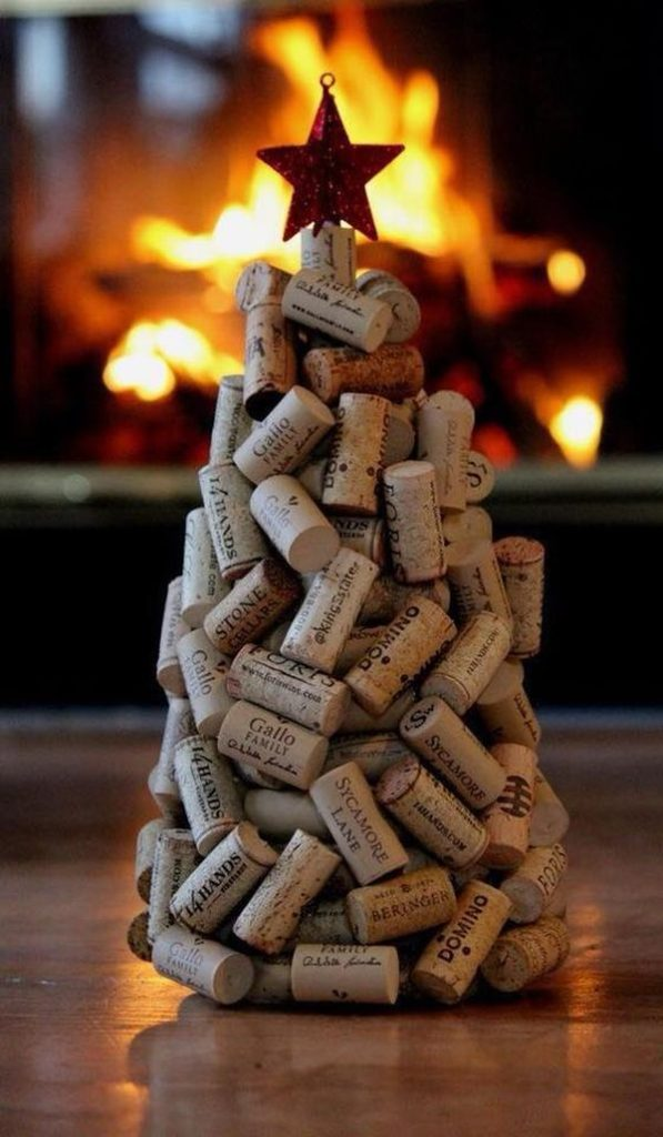 diy Christmas ornaments from corks (12)