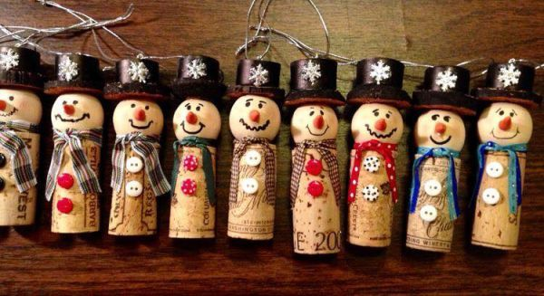 diy Christmas ornaments from corks (17)