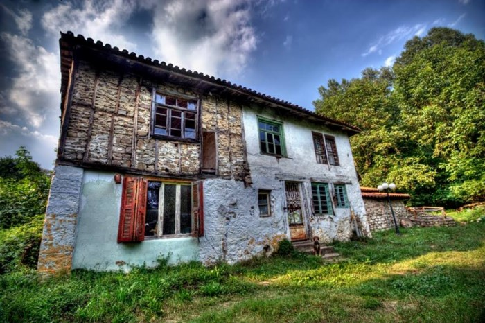 dream houses in the mountains of Greece15