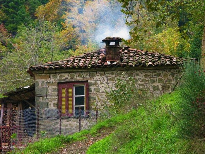 dream houses in the mountains of Greece2