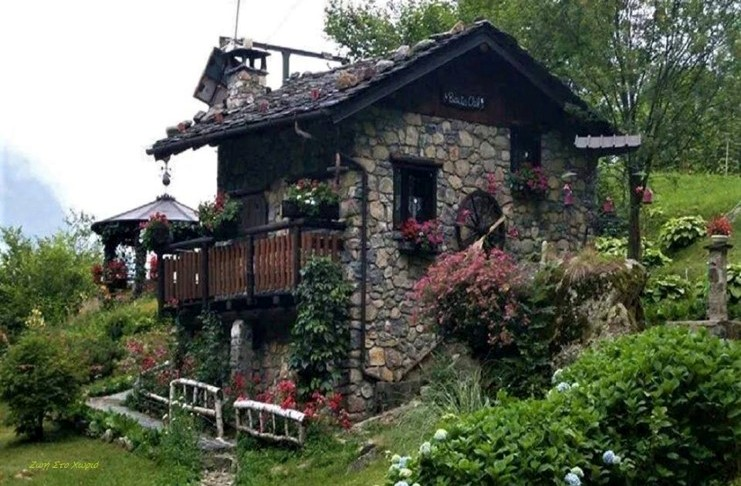 dream houses in the mountains of Greece23