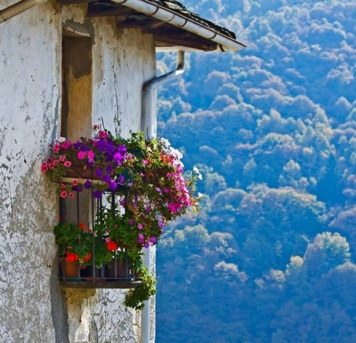 dream houses in the mountains of Greece9