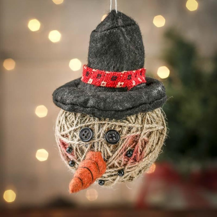 Christmas ornaments made of string (4)