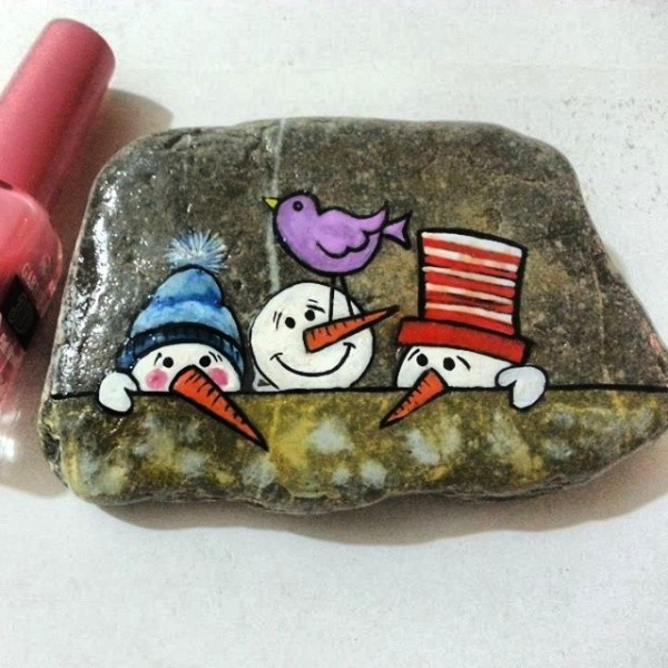 Christmas painting on stones and pebbles (49)