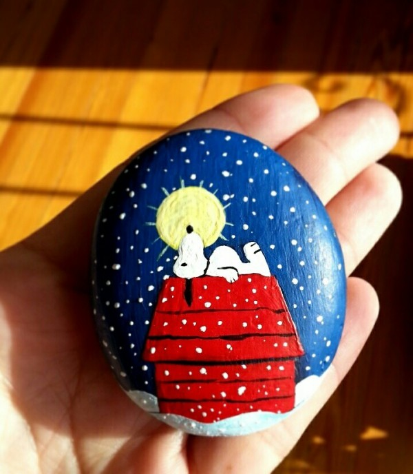 Christmas painting on stones and pebbles (88)