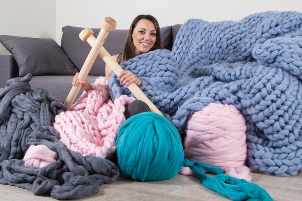 Knitting with Hands2