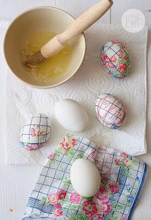 Decoupage in Easter eggs9