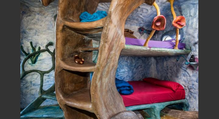 The most eccentric home in Airbnb7