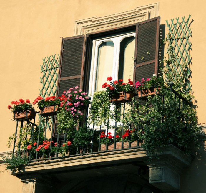 mydesiredhome - blooming balconies ideas40
