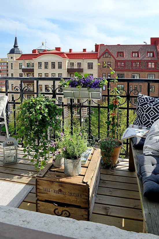 Small balcony4