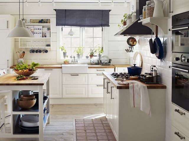 small kitchen in the style of Provence9