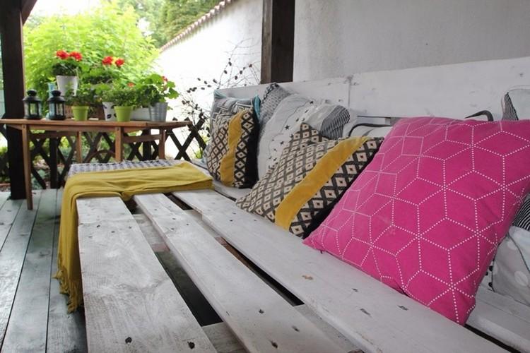 Balcony pallet Sofa ideas22