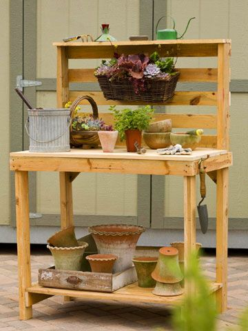 DIY pot stands from pallets6