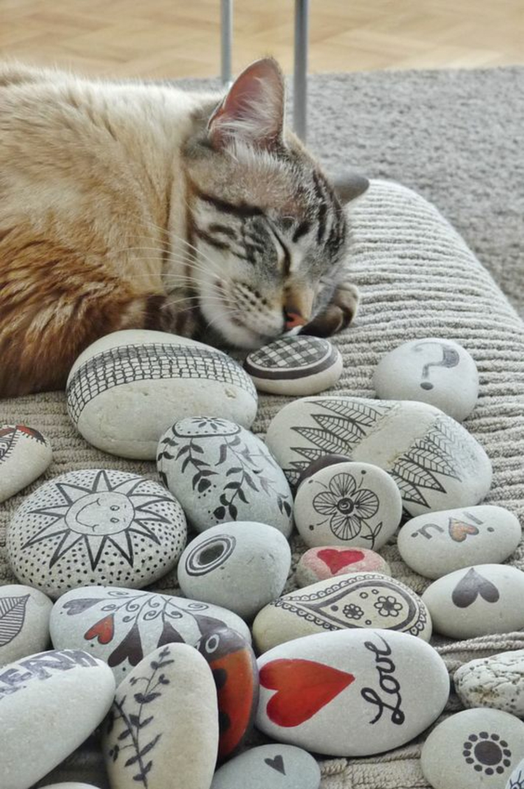 DIY rock painting21