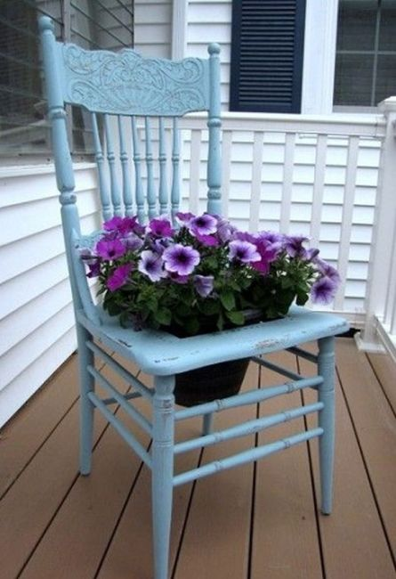 old chairs planters10