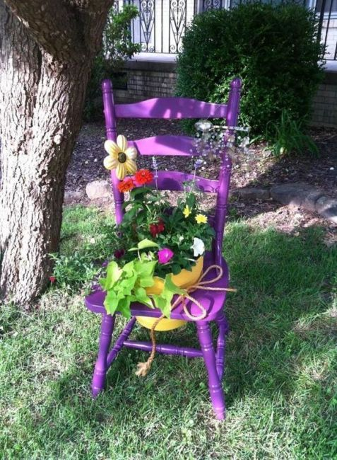 old chairs planters4